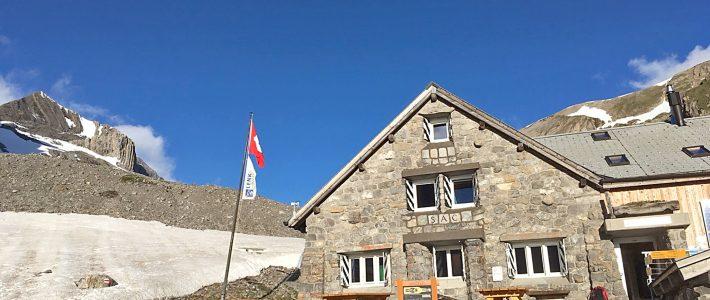 Alpenwanderung im Berner Oberland